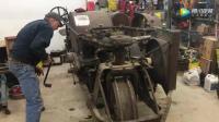 手摇启动一辆101岁的拖拉机, 听听这发动机的声音