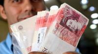 英国政府内部矛盾加剧 大片乌云笼罩在英镑头顶