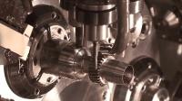 这数控切割机在世界上可以算是排名一流了, 削切金属很轻松