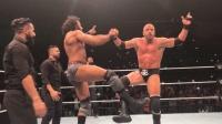 WWE印度现场秀 游戏之王pk印度大肌霸 摔跤比赛秒变尬舞现场