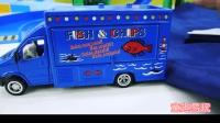 各种款式的工程车拖车大卡车 游艇模型玩具展示