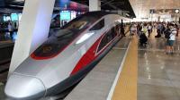 中国高铁凭什么领先全世界? 500米超长钢轨, 超越美日全球第一