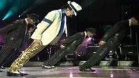 迈克杰克逊倾斜45度演唱会, 也只有迈克尔杰克逊才能跳出如此节奏强的舞蹈了!