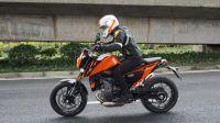 「呆子测评」KTM 690 DUKE呆子半年使用感受,骑士网摩托车测评