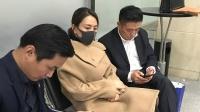 马苏现身法院正式起诉黄毅清 口罩遮面十分低调 180112