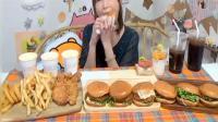 日本大胃王木下挑战10个汉堡4桶炸鸡6杯可乐 连密子君都自叹不如