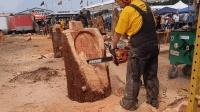老外得一块名贵红木, 拿一把油锯随手加工后连中国老木工都钦佩!