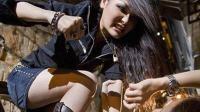 英国12岁女孩遭围殴 施暴者拳打脚踢放声大笑