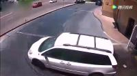 女子洗完车直接一冲而下, 结果悲剧了