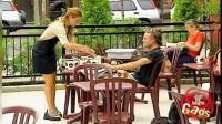 街头恶搞: 肮脏的餐具摆桌上 让客人怎么选