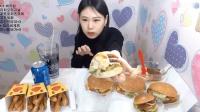 大胃王弗朗西斯卡吃6个汉堡和三袋炸薯块, 你敢要这么能吃的妹子吗