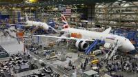 世界上最大飞机制造厂, 上厕所要开车, 还有人监督!