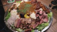 日本大胃王吃14斤的牛肉拼盘盖饭, 大口吃的超享受, 看饿了