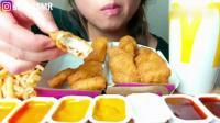 薯条+鸡腿鸡翅+油条, 美女大胃王吃播一口接一口吃的好嗨