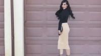 黑衣美女配包臀裙高跟鞋, 显凹凸好身材, 女人味十足!