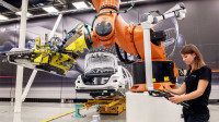 汽车工厂:梅赛德斯奔驰工业4.0全数字化生产线
