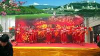 湘龙鑫城舞动快乐舞蹈队《欢聚一堂》腰鼓舞2018最新广场舞
