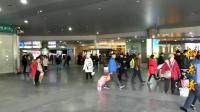 春节回家: 两个一线城市火车站春运客流量对比, 这差别也太大了吧
