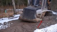 在这种地方砍树, 网友表示, 拉一车木头可能都不够油钱