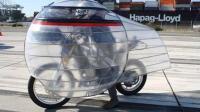 老外测试在车外套层塑料膜能更省油? 网友: 国内早都这么普及了!