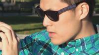 这也行? 太阳眼镜变身手机充电器