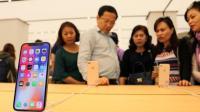 由于iPhone X减产, 三星或面临OLED产能过剩?