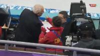 冬奥会短道速滑接力, 再次出现争议判罚, 李琰愤怒的冲向裁判席!