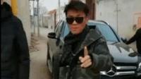 王宝强开奔驰SUV回家过年遭围观, 这车牌号亮了!