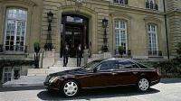 吉利汽车老板李书福, 收购奔驰和迈巴赫的母公司9.69%股份!
