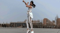 青青世界广场舞《吉祥飞舞》外景