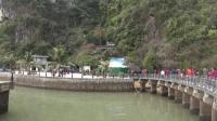 越南北部三日行(4)下龙湾: 海上溶洞似天宫