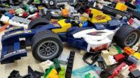 乐拼废墟堆里诞生的小人和玩具车