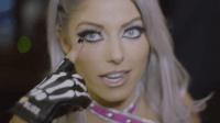 【铁笼密室淘汰赛 2018】花絮: 小魔女看到铁笼的刹那 紧张到眼皮跳