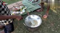 柬埔寨简单粗暴的炒蟹方法