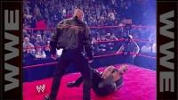 (中字) WWE经典回顾: 巨石强森表示自己独孤求败 炸出不败战神高柏