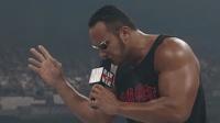 (中字) WWE经典回顾: 超强嘴炮巨石强森一句话秒杀二姐 亮点在最后
