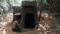 丛林建设地下泥巴庇护所, 冬暖夏凉住着非常舒服