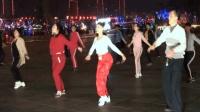 青青世界广场舞 集体跳舞欢乐多