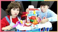 凯利和朋友们的料理师玩具游戏   凯利和玩具朋友们 CarrieAndToy