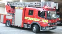 澳门中央行动消防站18米云梯车出警