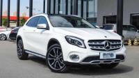 新款的奔驰GLA正式上市, 内饰的质感明显提升, 售27.18万起!