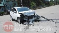 交通事故合集20180402: 每天10分钟车祸实例, 助你提高安全意识。