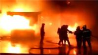 宿州一商品批发街大火 几十间店铺被烧