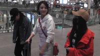 现场:佟丽娅跟粉丝安利新戏 叮嘱:别曝光车牌号