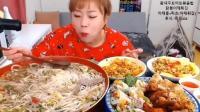 超火的韩国大胃王 两分钟加速看她吃完一盆的面 太厉害了