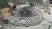 生存哥鱼塘建好, 接下来是准备徒手挖水井吗?