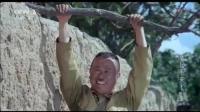 潘长江被石磨追这段, 我看一次笑一次