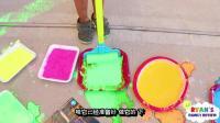 瑞恩使用粉笔作画的乐趣