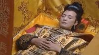 内蒙古有一座古墓, 女墓主人穿着皇帝龙袍, 难道是个女皇帝?