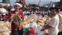"""中国""""最有钱""""的寺庙, 香油钱遍地都是, 每天数钱数到手抽筋"""